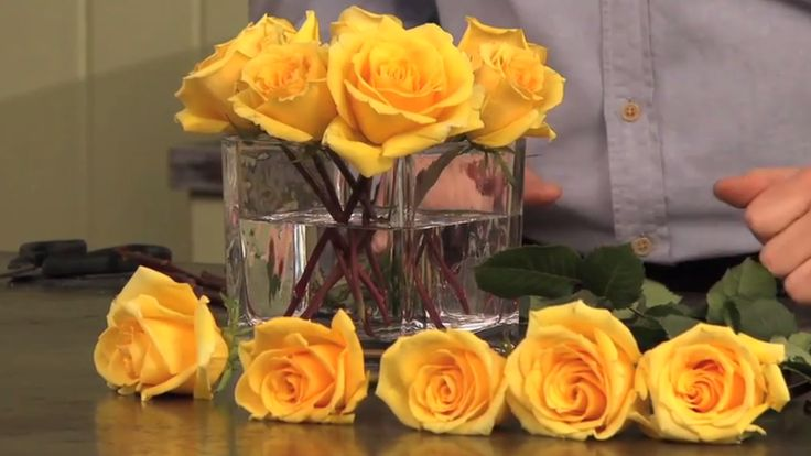 The Secret to Arranging Rose Bouquets